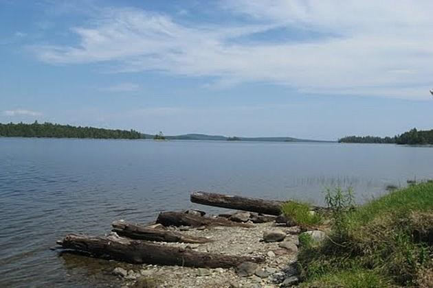 Caucomgomoc Lake