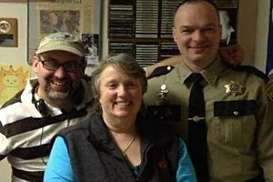 The sheriff with Jon and Renee