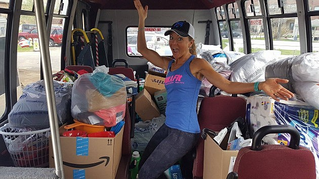 Rebecca Pushard of MIKA Fit and the stuff the bus at the May 17, 2017 VA2K Walk and Roll